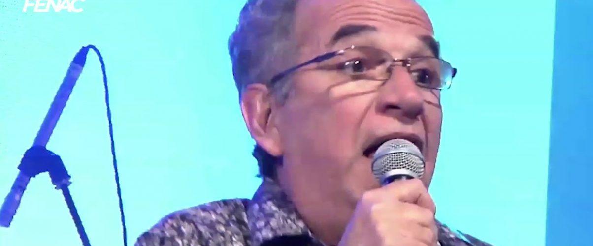 """Roberto Ázis e Tavinho Limma apresentaram a música """"Breu Vazio"""", no Fenac"""
