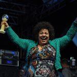 """Força feminina no Festival Nacional da Canção: """"estamos dominando tudo"""", diz compositora"""