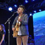 Confira a letra e a história da música que venceu o 49º Festival Nacional da Canção